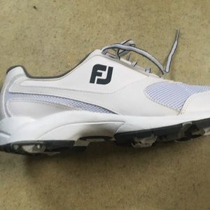 Men's foot Joy golf shoes.